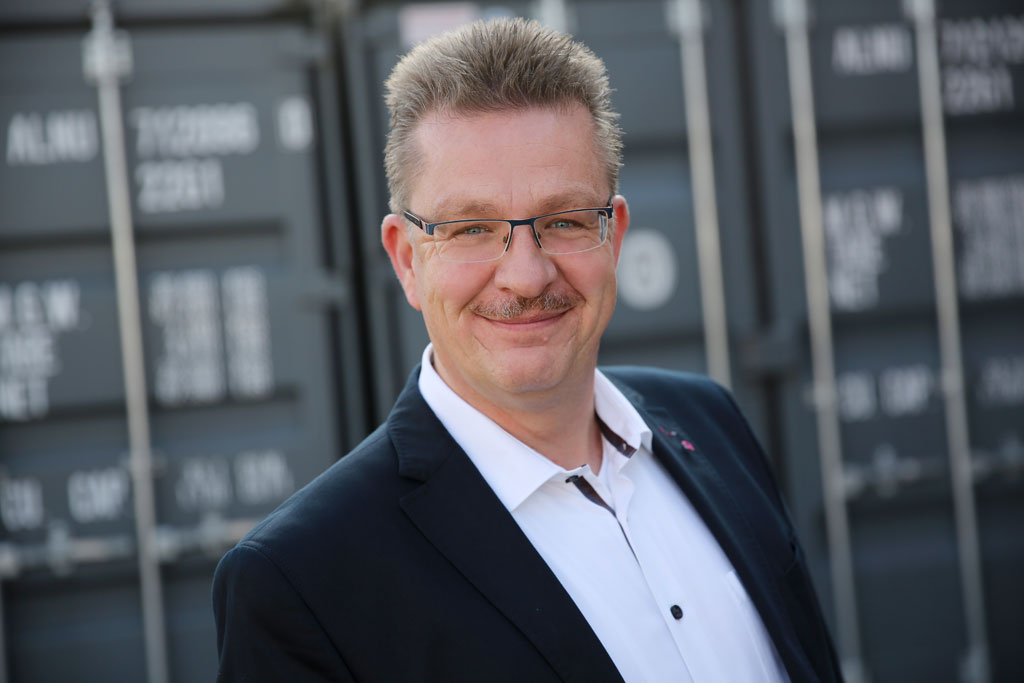 Karsten Hinners, Vertriebsleitung